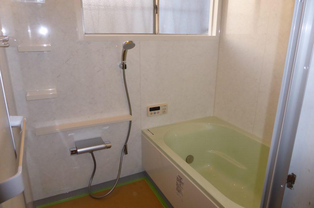 システムバスを新設した浴室